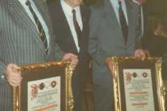 1989-04-22 Neue Ehrenmitglieder Possart und Altenstrasser, mit Lehner