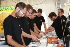 2009-09-11 Team-Besteckwickeln