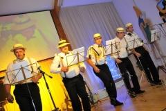 2009-10-10 Auch die Se Oritschinel Goatnzauns gratulieren dem Jubilar