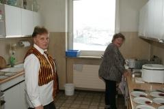 2010-02-06 Küchenteam Lies und Kora