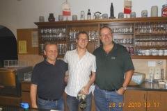 2010-07-28 Turnerdank an den Mannschaftsführer der Männer Florian Ernst