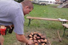 2010-08-12 Gastgeher Michi Lehner aus Grieskirchen grillt für uns