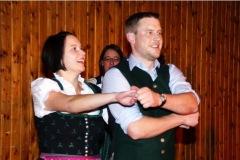 2010-12-04 Und auch die älteren tanzen anschließend