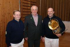 2010-12-17 Obmann-Stv. und SZ-Leiter graturlieren