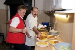 2011-01-29 Bewährtes Küchenteam Lies und Otto