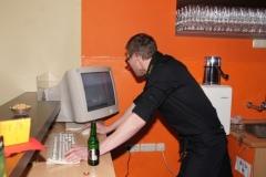 2011-01-29 DJ Fezzi beim Soundcheck