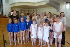 2011-04-02 Die ganze Mannschaft mit Karin und Doris