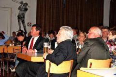 2011-05-14 Aufmerksame Ehrengäste