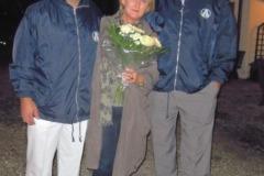 2011-10-29 Der Spielmannszug und der Turnverein gratulieren