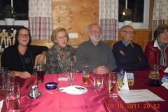 2011-10-29 Freude bei den Geburtstagsgästen