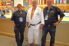 2011-11-10 Sponsor Europameister Manager vor dem Finalkampf
