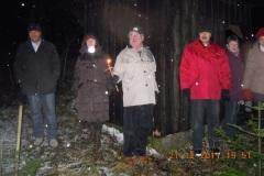 2011-12-21 Trotz Regen wird gelauscht