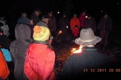 2011-12-21 Knapp 30 Turngeschwister stehen beisammen