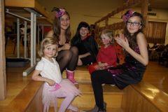 2014-02-01 Hübsche Damen