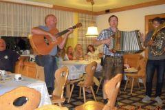 2014-08-12 Musikalischer Abend beim Hecka Wirt in Langwies