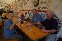 2014-08-12 Endlich: Festzelt am Zielort