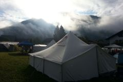 2014-08-12 Um 7:15 geht der Nebel langsam auf