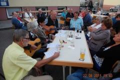 2015-08-22 Musikalische Geburtstagswünsche von einem Teil der Sängerrunde