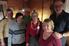 2017-01-08 Blieb den Kallhamer Damen wieder sicher Trostpreis Kranz Knacker