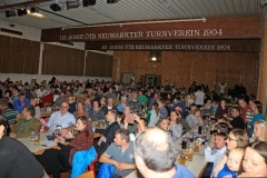 2017-12-02 Der Saal ist gerammelt voll