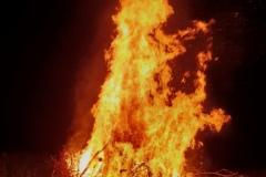2018-06-23 Hoch lodern die Flammen