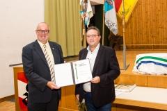 2020-09-25 Johann-Leeb-Ehrenurkunde von BGM Herbert Ollinger