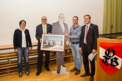 2020-09-25 Geschenke des Vereins an Ehrenobmann Gerald Stutz