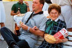 1996-07-20 Geburtstagsständchen Hedwig Gschaider mit Karl Eybl