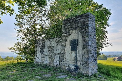 Weitere Denkmäler